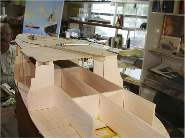 how to build hulls for scale model ship